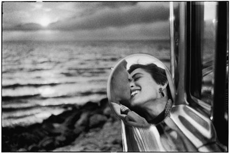 Picture for category platinum prints—elliott erwitt