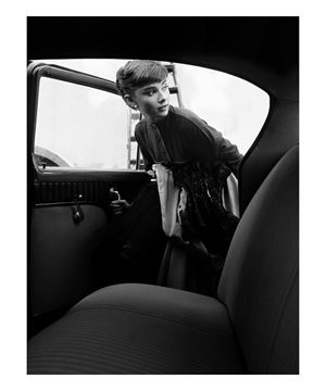 Picture of Audrey climbs into the Paramount Studios car, Paramount Studios, 1953